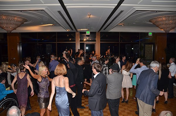 Liquid Blue Band in Brentwood CA at Brentwood Country Club - Liquid Blue