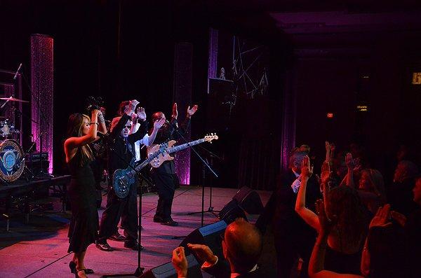 Liquid Blue Band in Scottsdale AZ at The Phoenician - Liquid Blue