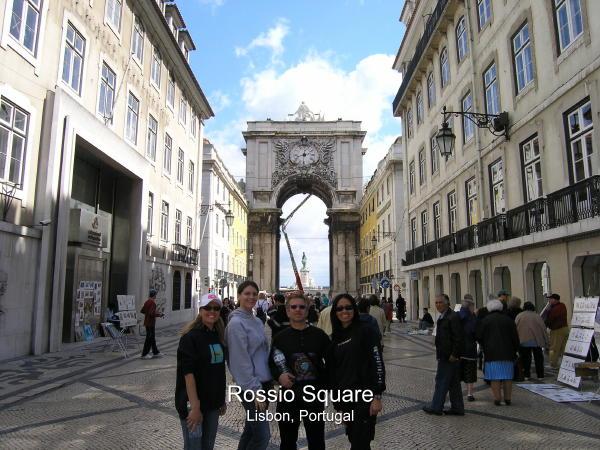 Lisbon Natives and Tourists Alike