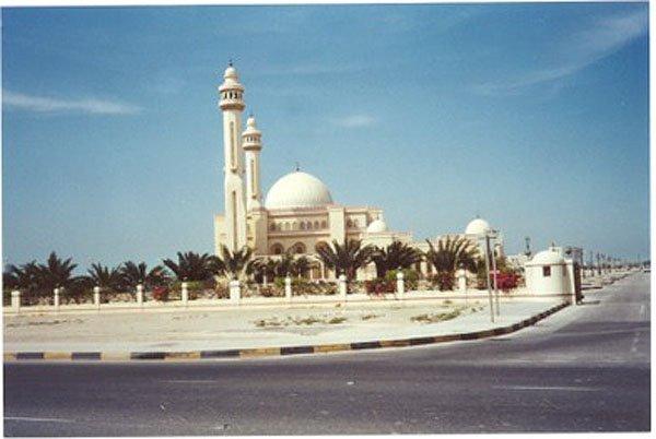 2001-03-10 Bahrain 009
