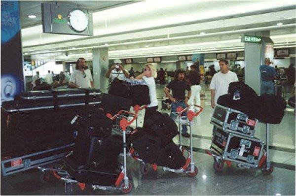 2001-03-18 Dubai 000