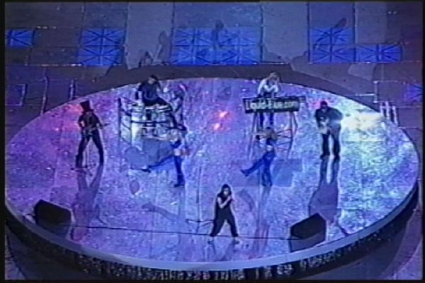 2002-09-14 Dalian Stadium Live 001