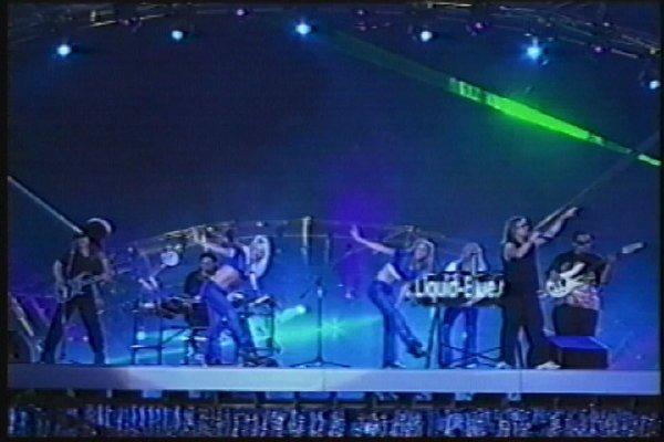 2002-09-14 Dalian Stadium Live 007