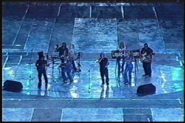 2002-09-14 Dalian Stadium Live 028
