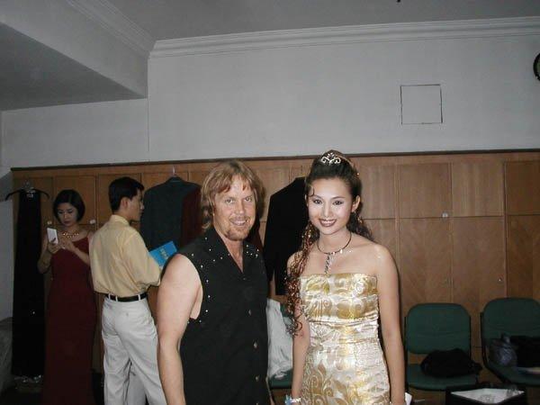 2002-09-14 Dalian Stadium Post Show 001