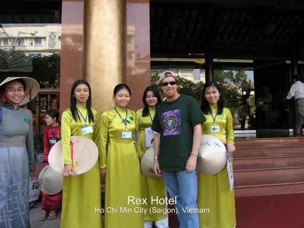 2004-03-01 Ho Chi Min 012