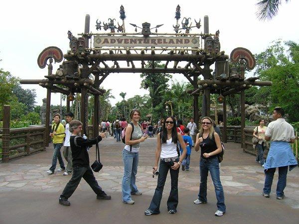 2005-11-01 Hong Kong Disneyland 002