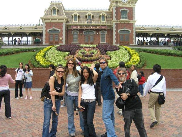 2005-11-01 Hong Kong Disneyland 043