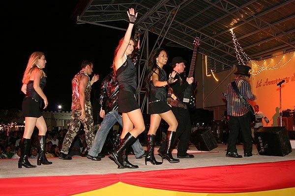 2007-02-14 Dapitan Philippines Gloria De Dapitan 214