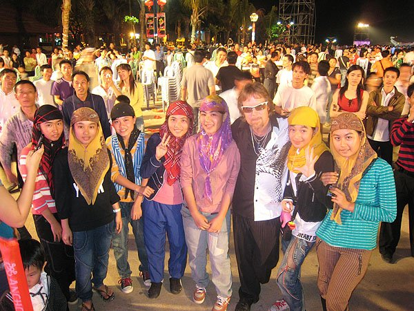 2007-02-17 Sanya China 213