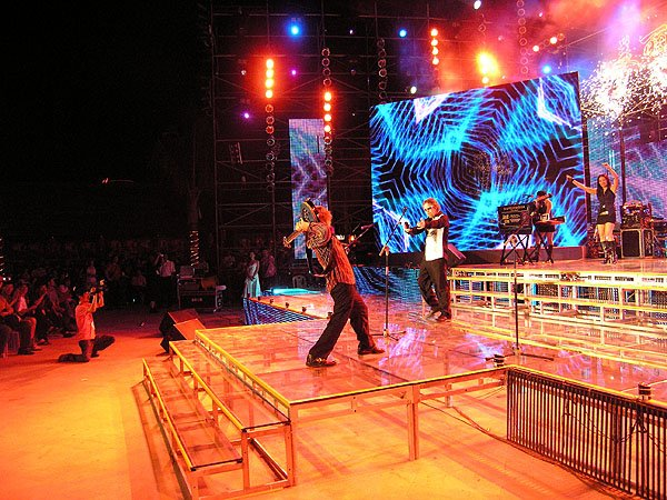 2007-02-17 Sanya China Sanya Music Festival 143