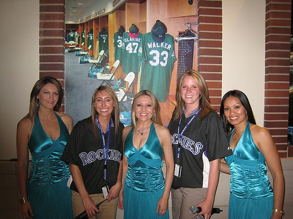 2007-04-29 Denver CO Coors Field 011