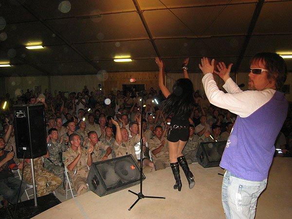 2007-05-10 Kandahar Afghanistan Fest Tent 010