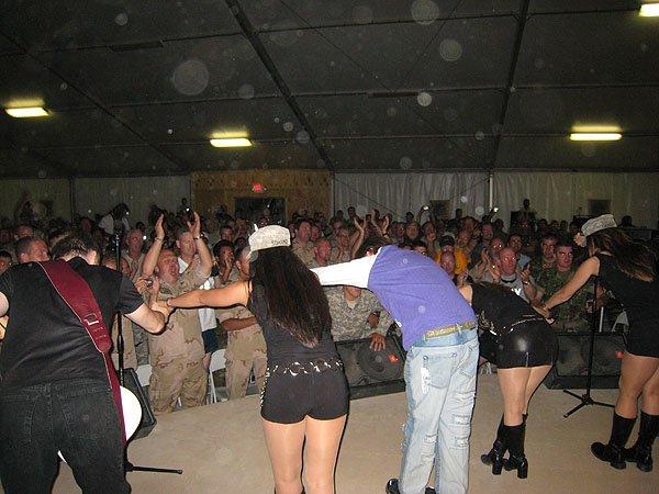 2007-05-10 Kandahar Afghanistan Fest Tent 018