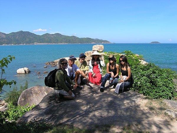 2009-03-19 Nha Trang Vietnam Chong Promontory Rocks 000
