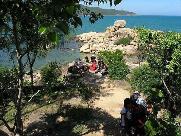 2009-03-19 Nha Trang Vietnam Chong Promontory Rocks 001