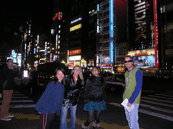 2009-04-04 Tokyo Japan Shinjuku District 007