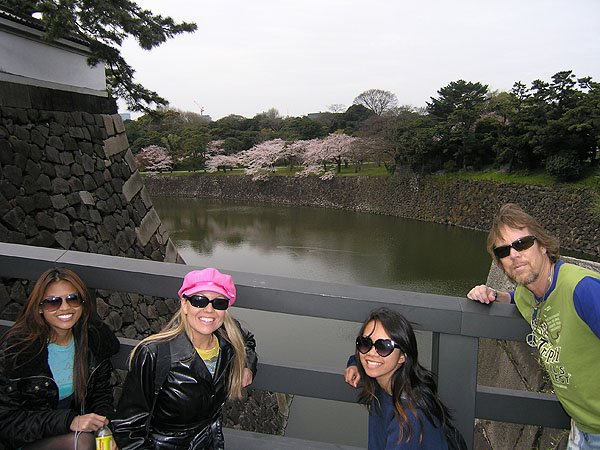 2009-04-05 Tokyo Japan Imperial Palace 001