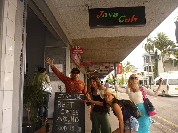2009-10-10 Liquid Blue Band In Suva Fiji 001