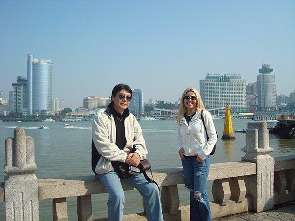 2010-01-03 Nikki Green of Liquid Blue Band In Gulangyu China 017