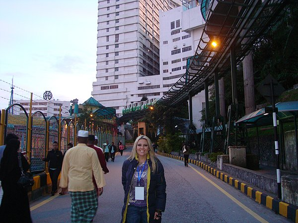 2010-01-07 Nikki Green of Liquid Blue Band In Genting Malaysia 005