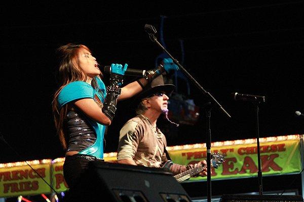 2010-10-16 Liquid Blue Band in Perry GA at Georgia National Fair 019