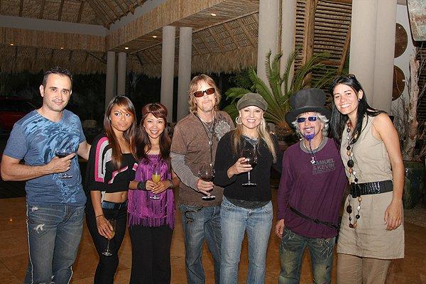 2010-11-19 Liquid Blue Band in Punta Cana Dominican Republic 002