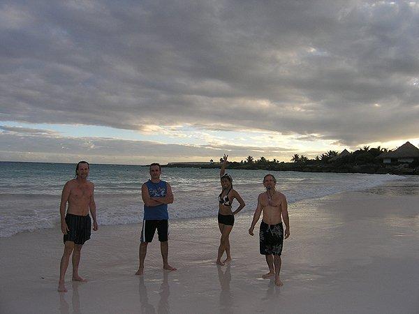 2010-11-20 Liquid Blue Band in Punta Cana Dominican Republic 021