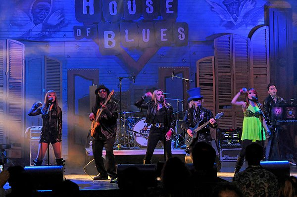 2011-03-23 Liquid Blue Band in New Orleans LA at House Of Blues 125