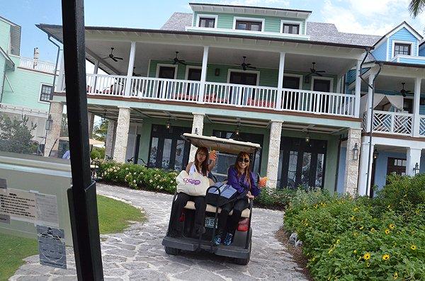 2011-05-18 Liquid Blue Band in Great Guana Cay Bahamas 010
