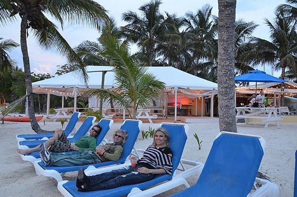 2011-05-18 Liquid Blue Band in Great Guana Cay Bahamas 028