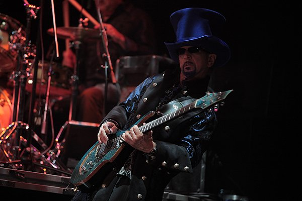 2011-06-15 Liquid Blue Band in Orlando FL at Hard Rock Live 020