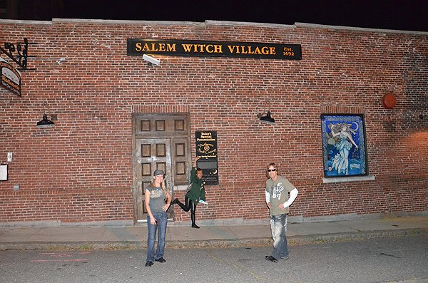 2011-09-25 Liquid Blue Band in Salem MA 004