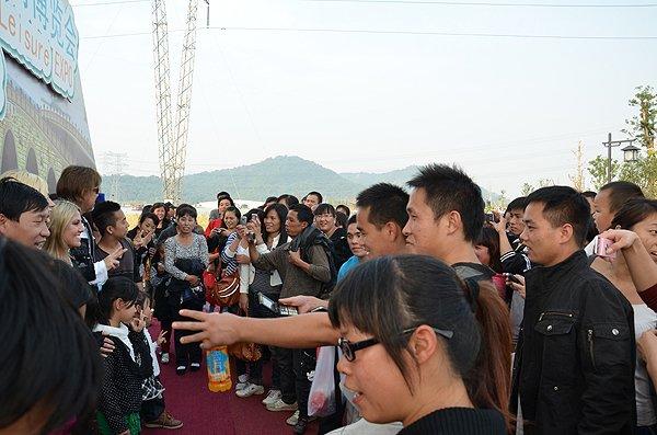 2011-10-23 Liquid Blue Band In Hangzhou China 019