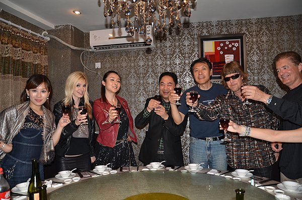 2011-10-27 Liquid Blue Band In Cixi China 080