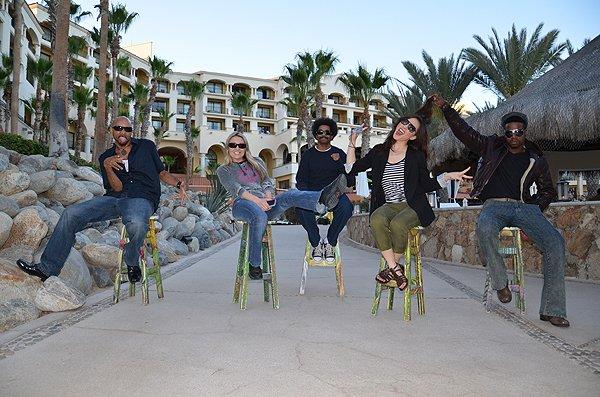 2012-03-21 Liquid Blue Band in Los Cabos Mexico 030