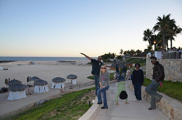 2012-03-21 Liquid Blue Band in Los Cabos Mexico 034