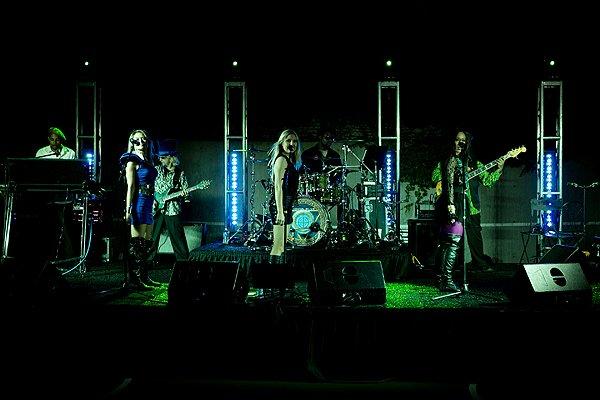 2012-06-22 Liquid Blue Band in Mission Hills KS at Hamilton Residence 008