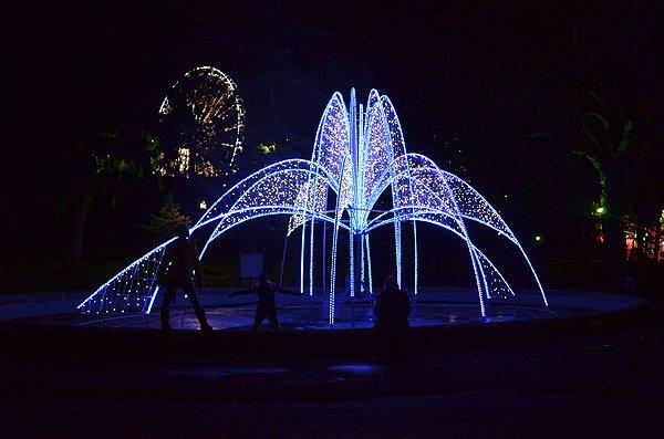 2012-12-10 Liquid Blue Band In Niagara Falls Ontario Canada 42