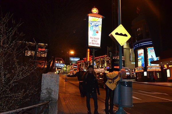 2012-12-10 Liquid Blue Band In Niagara Falls Ontario Canada 44