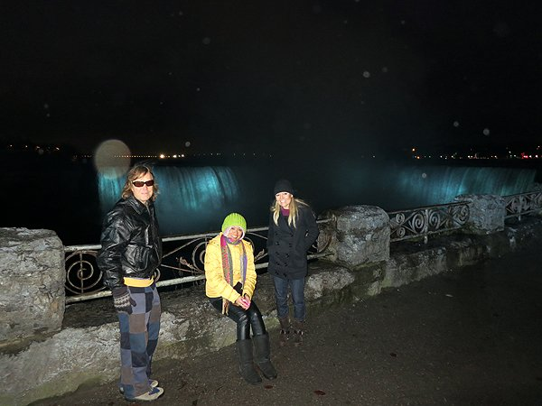 2012-12-10 Liquid Blue Band In Niagara Falls Ontario Canada 66