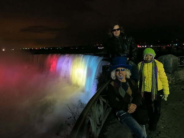 2012-12-10 Liquid Blue Band In Niagara Falls Ontario Canada 75