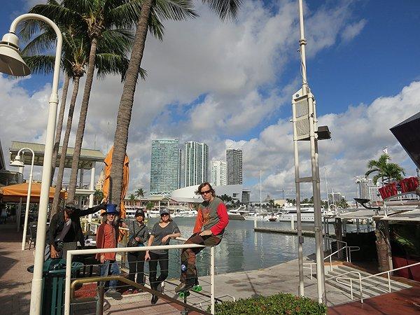 2013-01-16 Liquid Blue Band in Miami FL 012