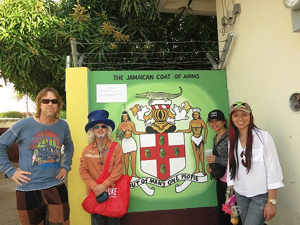 2013-01-17 Liquid Blue Band in Montego Bay Jamaica 020