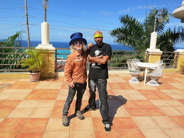 2013-01-17 Liquid Blue Band in Montego Bay Jamaica 025