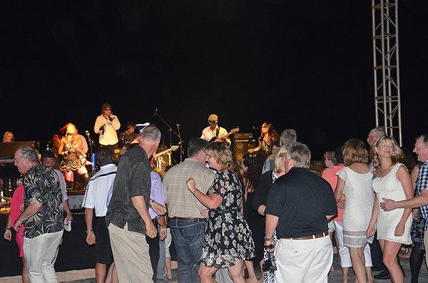 2013-01-18 Liquid Blue Band in Montego Bay Jamaica at Secrets Resort 004