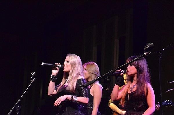 2013-01-25 Liquid Blue Band in New Orleans LA at Hyatt Regency Hotel 005