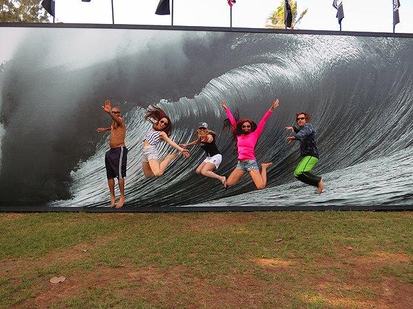 2013-01-29 Liquid Blue Band in Haleiwa HI Pipeline
