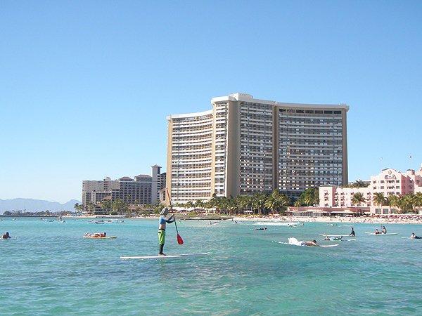 2013-02-01 Liquid Blue Band in Honolulu HI 049
