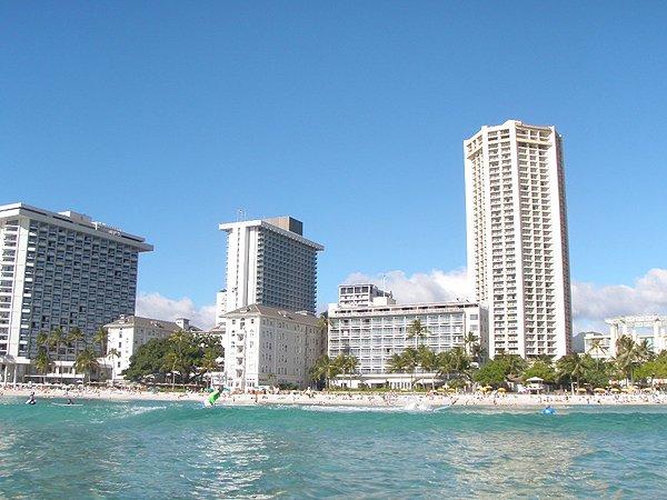 2013-02-01 Liquid Blue Band in Honolulu HI 053